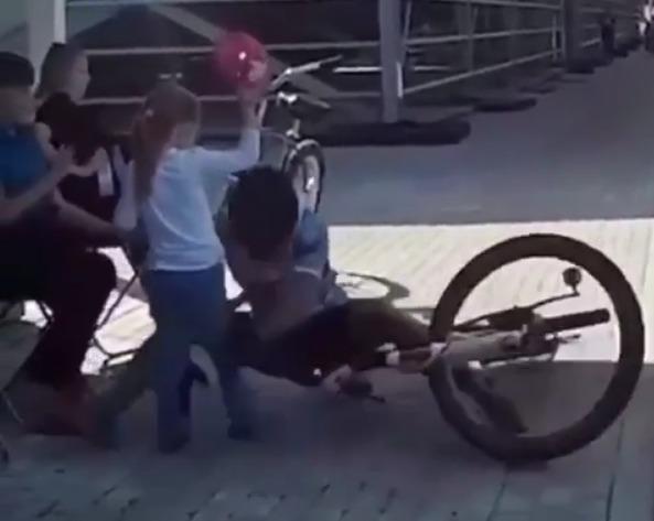 Лобня велосипедист
