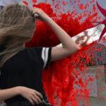 Саратовский студент нанёс подруге больше 100 ножевых ранений из-за 2 тыс. рублей: фото 18+
