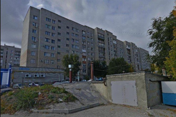 Саратов, ул. Вишнёвая, 20