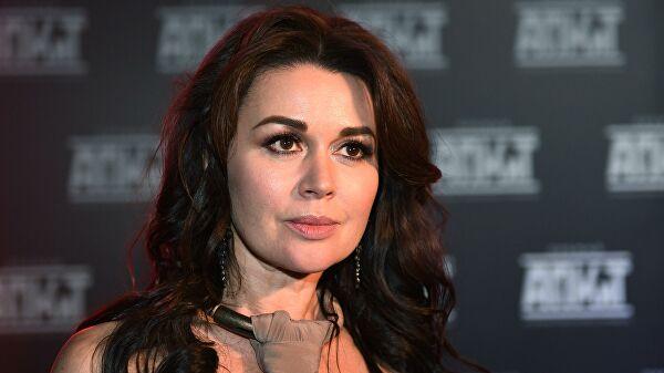 Друг Анастасии Заворотнюк прокомментировал информацию о смерти актрисы