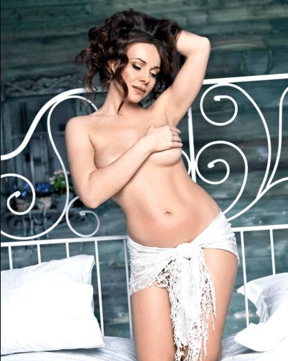 Екатерина Гусева позирует