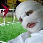 В Лесосибирске школьнику на голову упали футбольные ворота, подробности